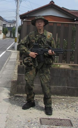 ドイツ軍KSK最新軍装でサバゲー...